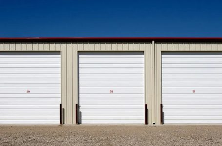 5 Telling Household Signs That It's Time to Rent a Storage Unit