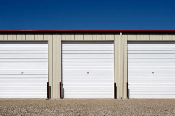 5 Telling Household Signs That It'sTimeto Rent a Storage Unit