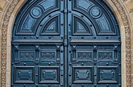 TheEvolutionof Doors