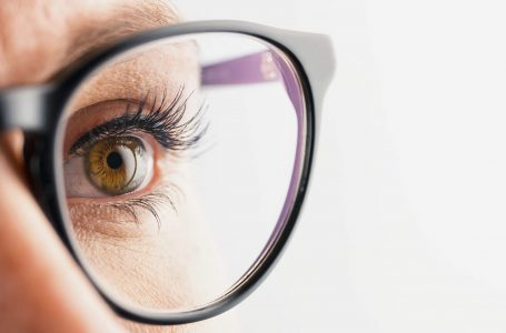 5 Common Reasons to Visit Your Optometrist (Eye Doctor)