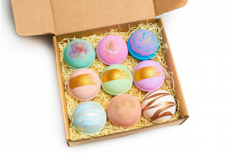What material you should use for the custom bath bomb boxes?