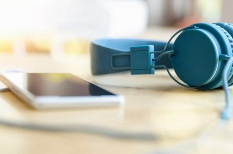 The best websites you must know if you want to download songs