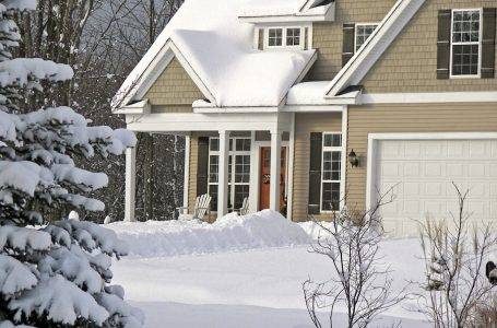 The Relationship Between Snow and Roofs