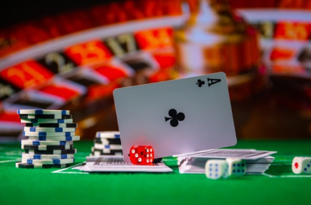 What do the people look for in an online casino?