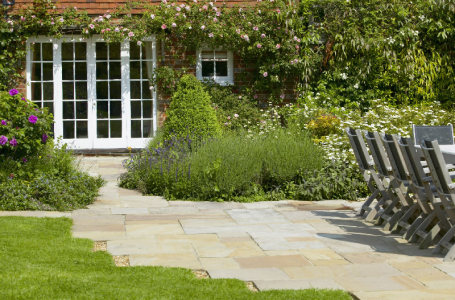 Create a Beautiful, Low Maintenance Yard
