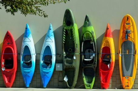 Which Kayak Should You Choose?