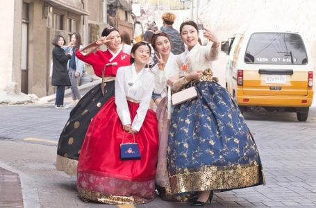 The Difference Between Modern and Traditional Hanbok Styles