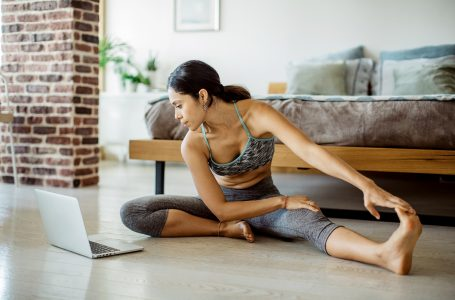5 Ways on How to Start and Maintain a Fitness Routine at Home