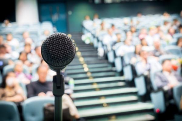 5 Guaranteed Ways to Enhance Your Public-Speaking Skills