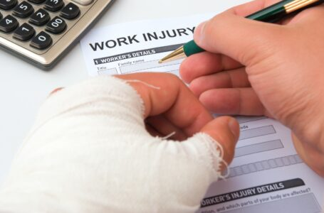 Should you Hire a Workers' Compensation Lawyer?