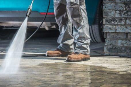 What You Need to Know When Hiring Pressure Washing Services