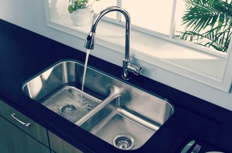 What Are The 4 Main Reasons To Use Stainless Steel Sink?