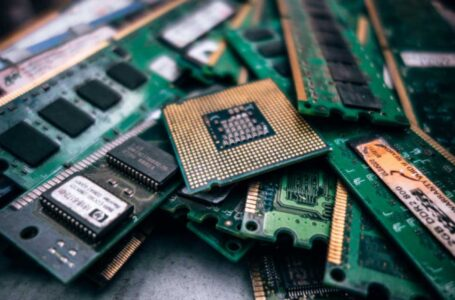 What You Need To Know About Recycling Electronics